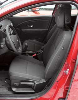 Меган 3 купе скоро появится в продаже в 2-х вариантах